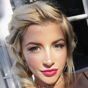 Evelina Barry Real Phone Number Whatsapp