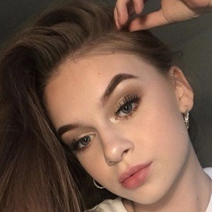 LilyMaeXO Real Phone Number Whatsapp