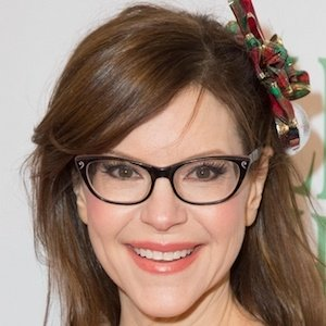 Lisa Loeb Real Phone Number Whatsapp