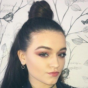 Emily Middlemas Real Phone Number Whatsapp