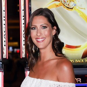 Becca Kufrin Real Phone Number Whatsapp