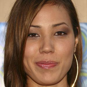 Michaela Conlin Real Phone Number Whatsapp