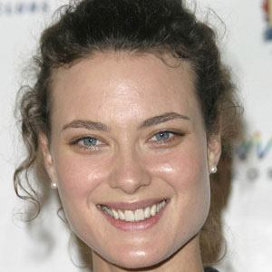 Shalom Harlow Real Phone Number Whatsapp