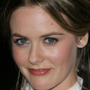 Alicia Silverstone Real Phone Number Whatsapp