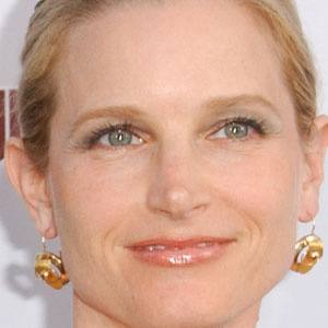 Bridget Fonda Real Phone Number Whatsapp