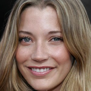 Sarah Roemer Real Phone Number Whatsapp