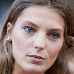 Daria Werbowy Real Phone Number Whatsapp