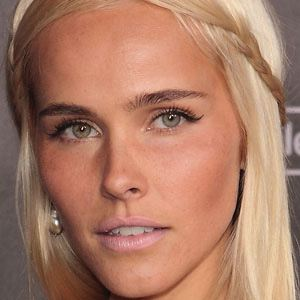 Isabel Lucas Real Phone Number Whatsapp