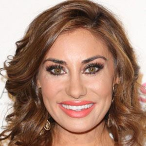 Lizzie Rovsek Real Phone Number Whatsapp