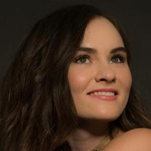 Madeline Carroll Real Phone Number