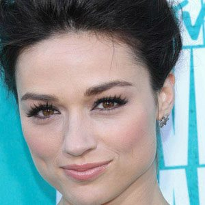 Crystal Reed Real Phone Number Whatsapp
