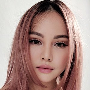 Chloe Ting Real Phone Number Whatsapp